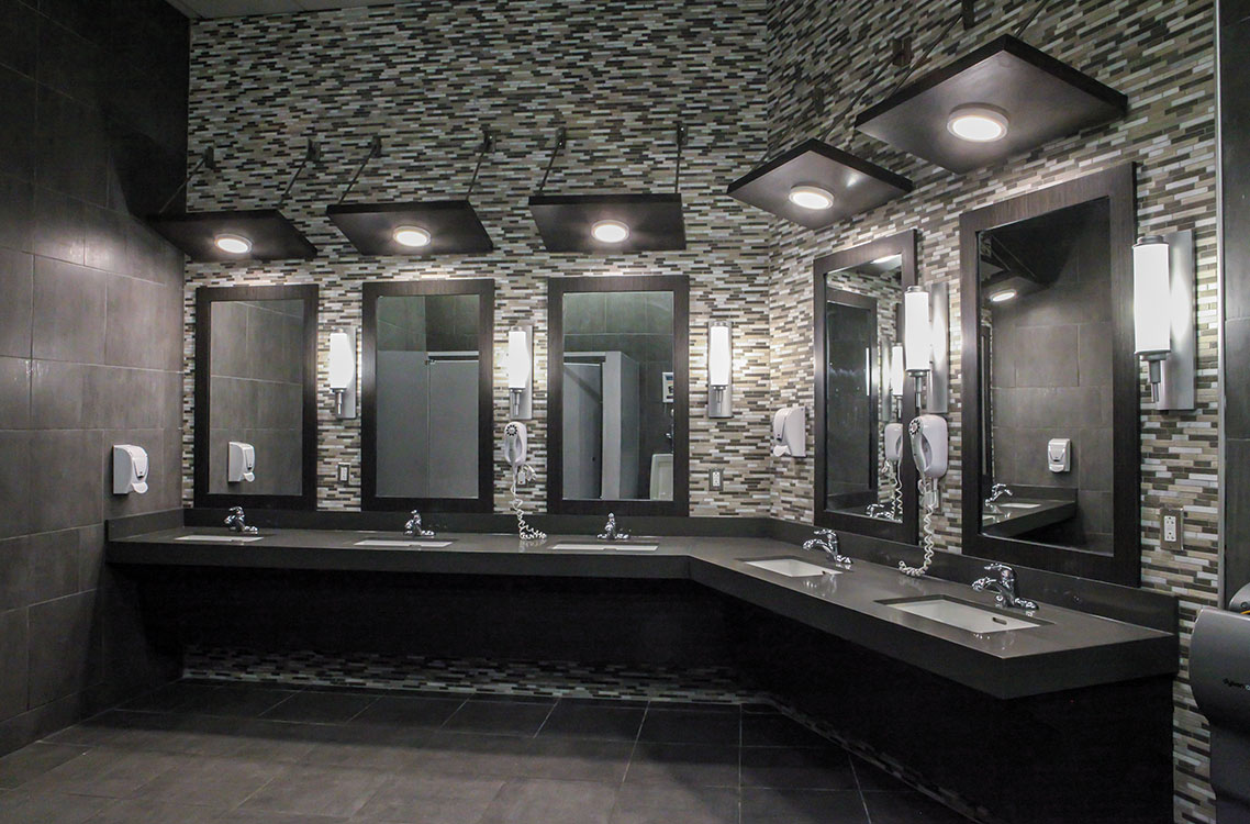 Men's Vanity Area in Locker Room